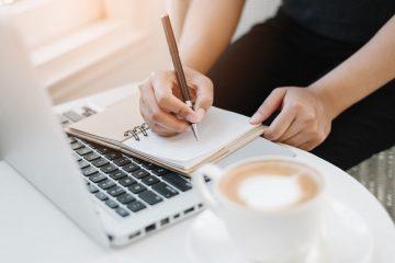La secrétaire freelance : compétences, avantages, tarifs